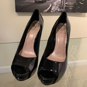 Black Patent Leather Vince Camuto Heels Sz 8.5